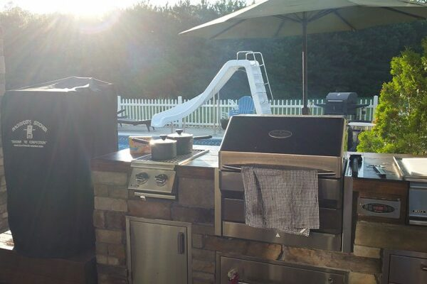 outdoor kitchen equipment