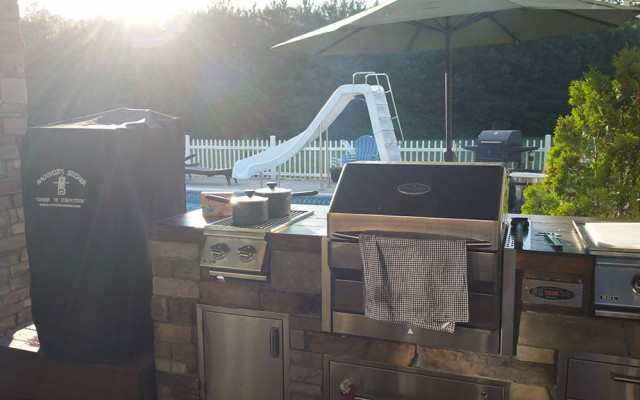 outdoor kitchen equipment