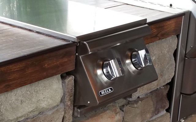 outdoor kitchen grills
